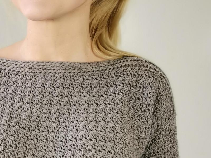 Hæklet trøje med smuk struktur